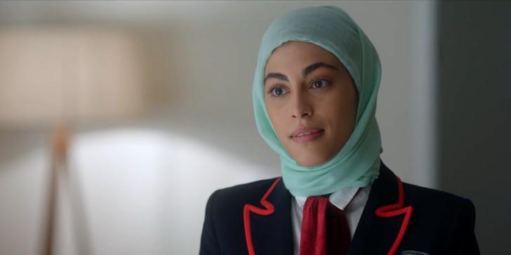 転校生2人目:ナディア役 ミナ・エル・ハマニ