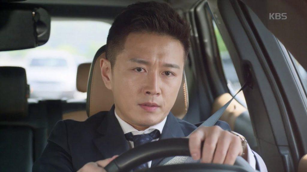 キム・ナムジュン役 チン・テヒョン